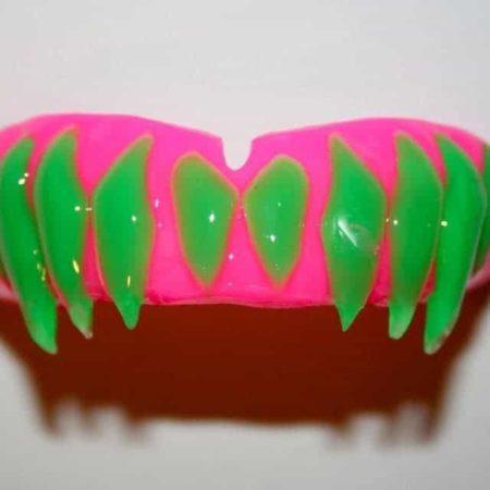 Fangs-mouthguards-1